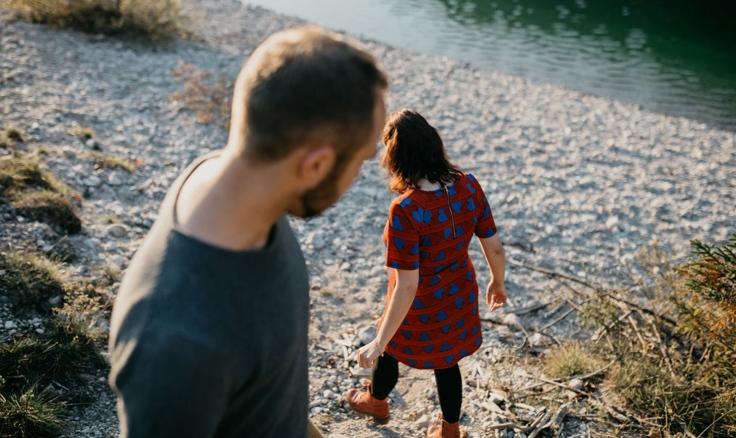 Beziehung: Paar in der Natur